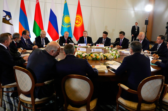 Зона свободной торговли между ЕАЭС и Ираном снизит давление санкций США, считает эксперт