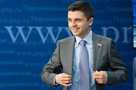 Бальбек сравнил призыв взорвать Крымский мост с прыжком в пустой бассейн