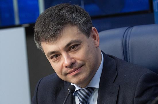 Морозов призвал к разработке концепции лекарственного страхования