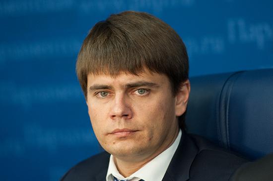 Боярский призвал Госдуму поучаствовать в разработке проекта о распространении ложной информации