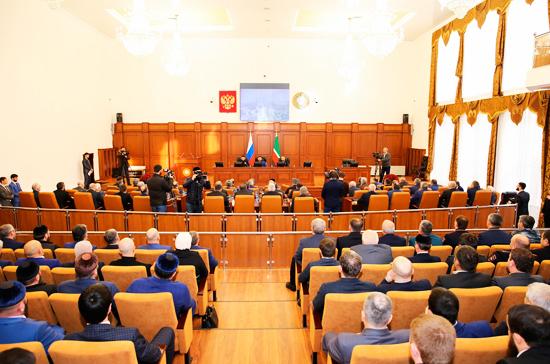 Парламент Чечни предложил поправки о сроках полномочий Президента России