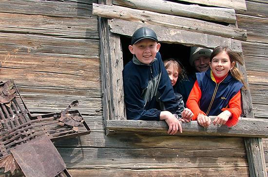 Во Владимире многодетные семьи отправили на отдых за границу
