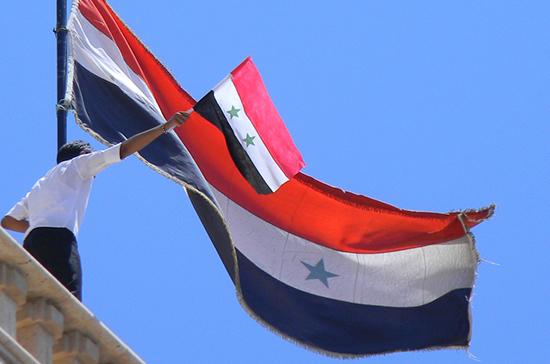 Армия Сирии взяла под контроль окрестности Дамаска