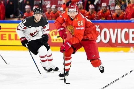 Сборная России опустилась на третье место в рейтинге IIHF