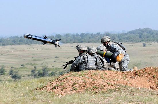 Украина провела первые пуски противотанковых комплексов Javelin