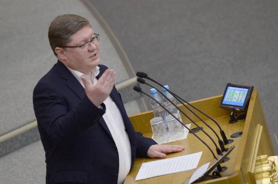 Исаев назвал сроки подготовки обновлённого законопроекта об исполнении санкций