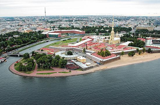 Петербург начался с Петропавловской крепости