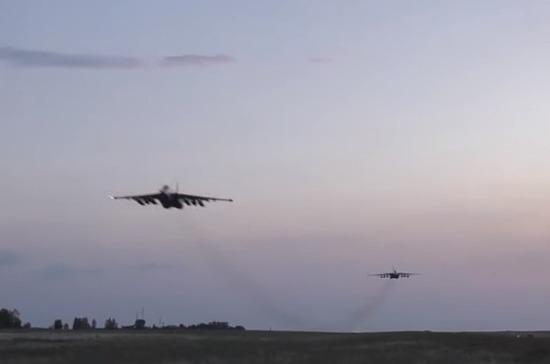 Украинские силовики подняли авиацию в небо над Донбассом