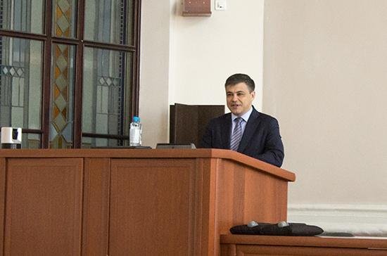 Морозов рассказал студентам СибГМУ о правовых аспектах детской хирургии