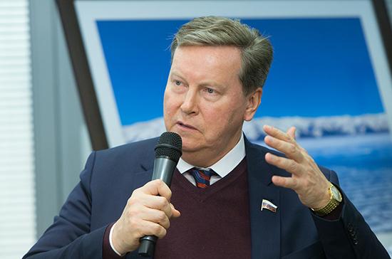 Олег Нилов рассказал о преимуществах переноса единого дня голосования на октябрь