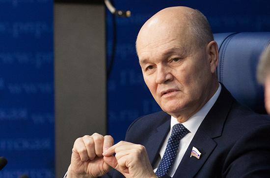 Щетинин призвал разобраться с ценами на ГСМ