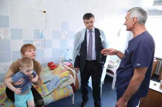 Морозов высоко оценил работу Томской детской больницы