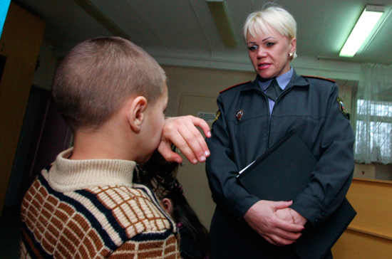 Проблемному подростку поможет кризисный психолог