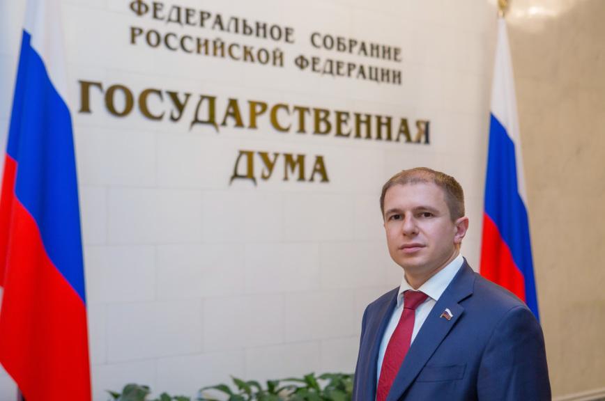 Романов: «прямая линия» с Путиным обнаруживает болевые точки, скрытые за отчетами политиков
