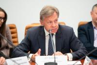Пушков назвал «мифологической» тему присоединения России к «Большой семерке»