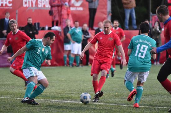 Команда Госдумы по футболу обыграла депутатов из Германии со счётом  5:3