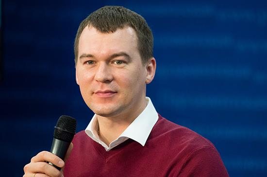 Дегтярев предложил заменить рекламу на московских вокзалах надписью «Город-герой Москва»