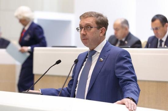 Принцип «одного окна» поможет развитию бизнеса, считает Майоров