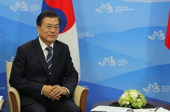 Мун Чжэ Ин назвал сотрудничество с РФ условием мира на Корейском полуострове