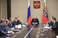 Путин обсудил с Совбезом ситуацию на юго-востоке Украины