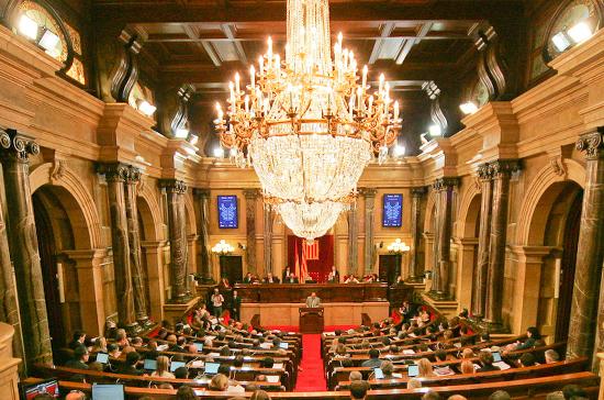 Каталония разорвала отношения с королевским двором Испании