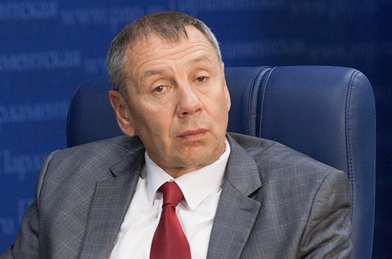 Сергей Марков предложил отдать России регулирование русскоязычного сегмента Facebook