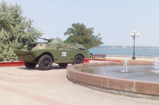 Бронированные амфибии будут форсировать Керченский пролив