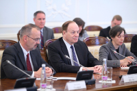 Американских сенаторов ждёт в России «разрыв шаблона»