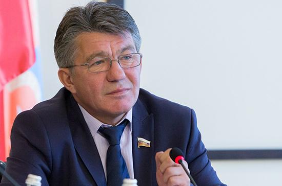 Озеров выступил за «зеркальный» обмен осужденными россиянами и украинцами