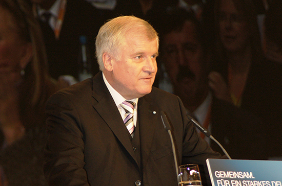 Эксперт: глава МИД ФРГ не сможет безболезненно забрать обратно слова об отставке