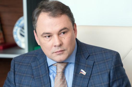 Толстой: Госдума рассмотрит законопроект об оценке строительства ТЦ Госпожнадзором