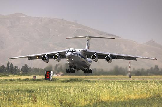 Эксперт рассказал о возможностях нового российского самолёта-«глушителя спутников»