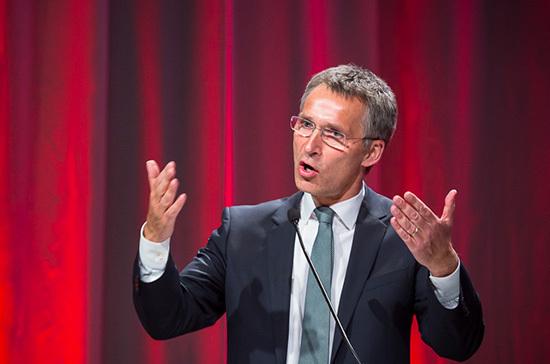 Столтенберг призвал ЕС и Канаду увеличить военные расходы