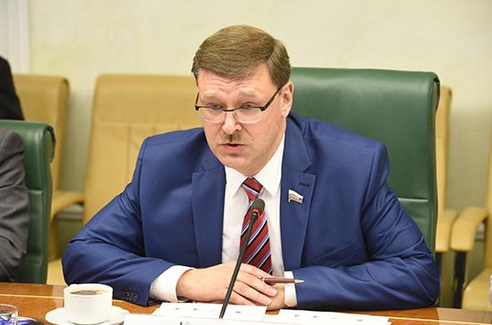 Косачев надеется, что сенаторы США обсудят снятие санкций с российских парламентариев