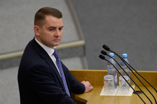 Ярослав Нилов внесёт поправку о выходе женщин на пенсию в 60 лет