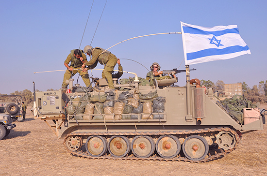 Израиль объяснил атаку на сирийских военных