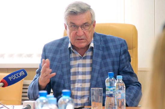 Тарасенко отметил значение системной диспансеризации в демографической политике России