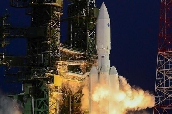 Пуск ракеты «Ангара» должен состояться в 2021 году, сообщил Путин