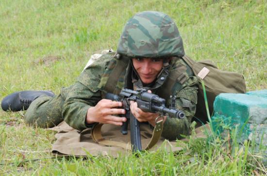 Иностранцы смогут проходить военную службу по контракту в РФ только один раз