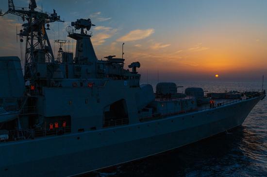 В состав ВМФ передали три новых боевых корабля