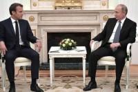 Путин и Макрон обсудили международные проблемы