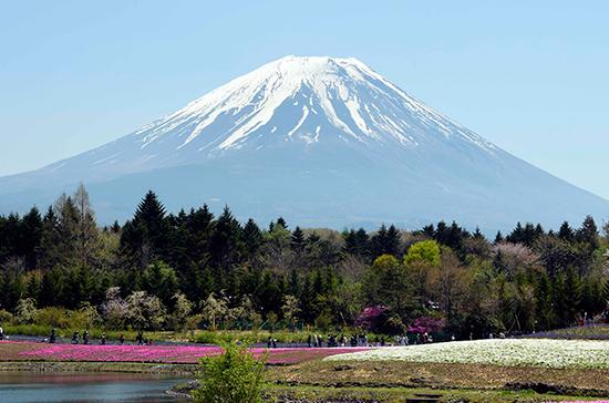 Мирный договор России и Японии должен быть заключён «при нынешнем поколении»