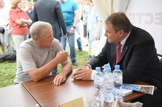 Депутаты всех уровней провели встречу с москвичами в новом формате