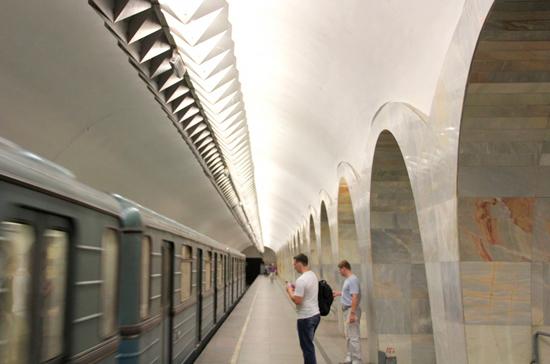 В московском метро будут бесплатно раздавать воду из-за аномальной жары