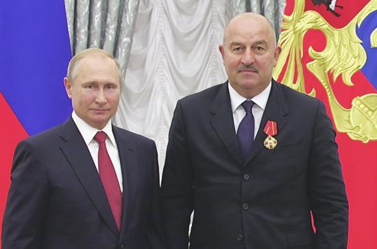 Станислав Черчесов получил орден Александра Невского