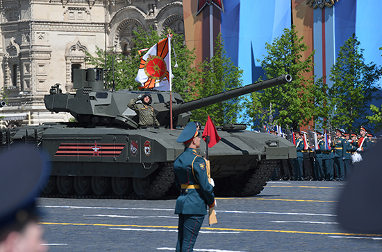 В Правительстве посетовали на высокую стоимость танков «Армата»