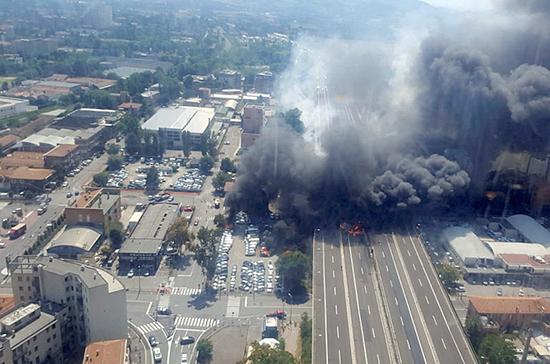 Неменее  80-ти человек пострадали после взрыва грузового автомобиля  сгорючим витальянской Болонье