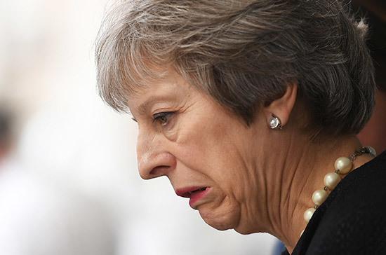 Над Терезой Мэй навис Brexit