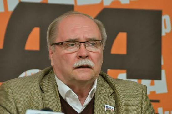 Бортко поделился воспоминаниями о работе с Лещинским