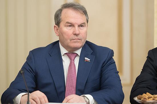 В Совфеде рассказали, как Россия должна ответить на санкции США